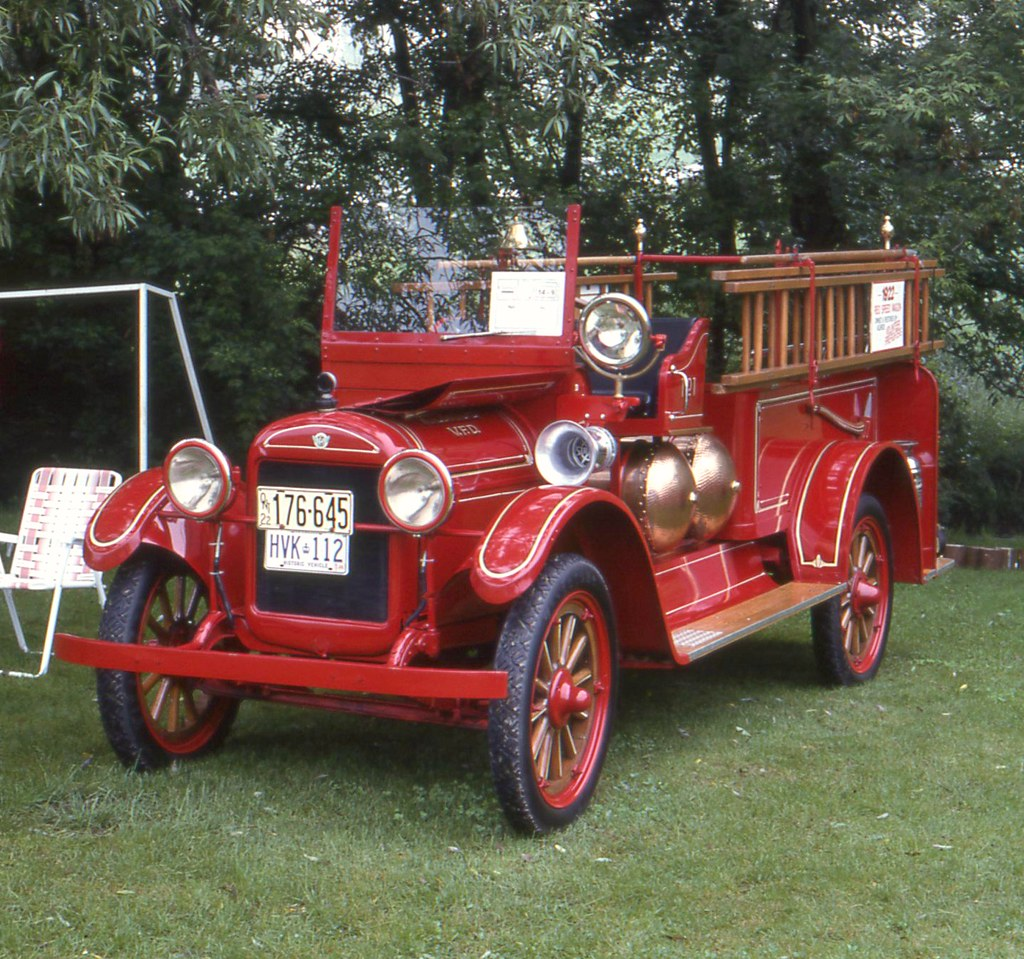 1922 Reo Speed Wagon Fire Truck
