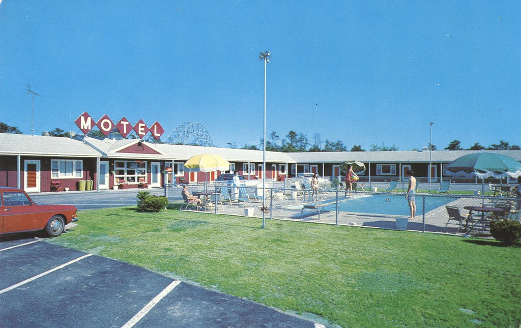 Redwood Motel - Buzzards Bay, Massachusetts