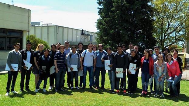 Alumnos de 6° Año de la Escuela Técnica N°1