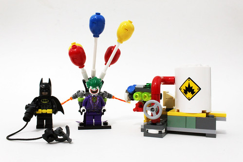 The LEGO Batman Movie The Joker Balloon Escape (70900)