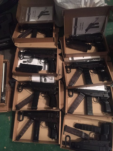 СБУ перекрила потужний канал контрабанди стрілецької зброї