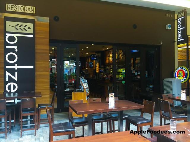 Brotzeit German Bier Bar & Restaurant in Mid Valley