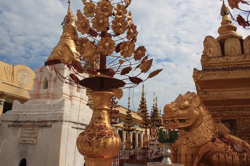 Shwezigon Бирма