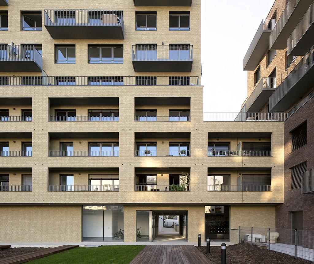 ourcq jaur s tvk architectes 2015 paris 19 1511