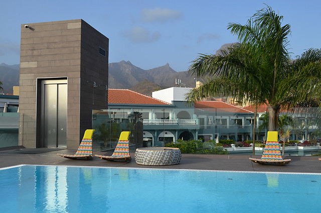 Rooftop pool, Hotel Guanahani, Costa Adeje, Tenerife
