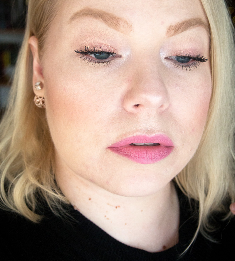 pink_makeup_vaaleanpunainen_meikki_colourpop_just_for_fun