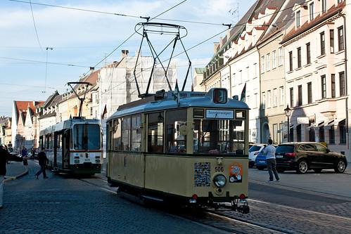 Treffen von KSW 506 mit dem Stadtbahnwagen am Ullrichsplatz