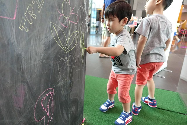 Jerome tries his hand at using chalk for the first time ever!