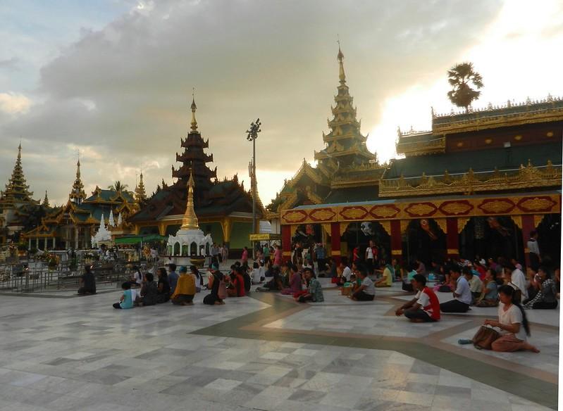 Бирма Шведагон (Shwedagon)
