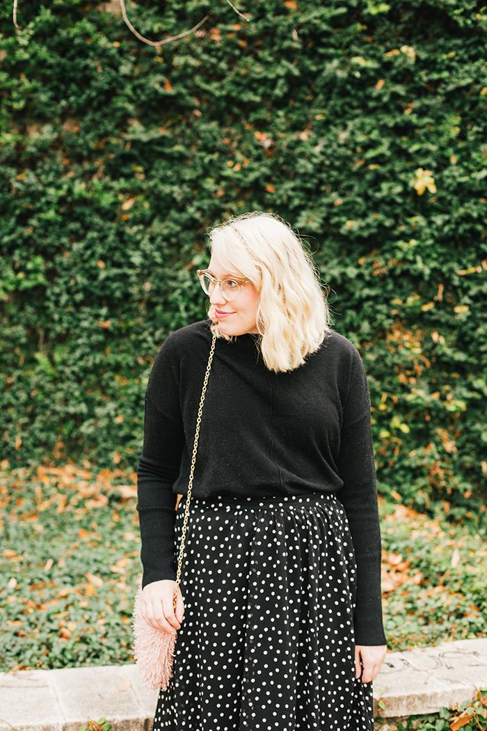 austin style blogger black turtleneck black midi skirt7