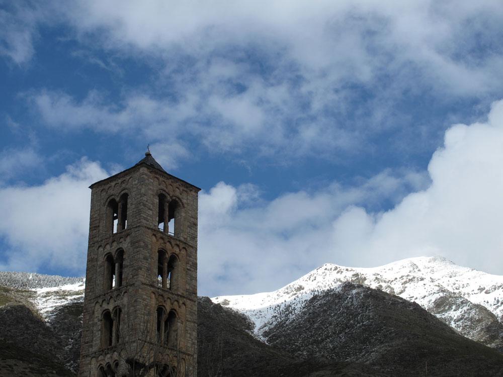 sant climent de taüll-mnac-video mapping-campanario-románico-lombardía_apres ski