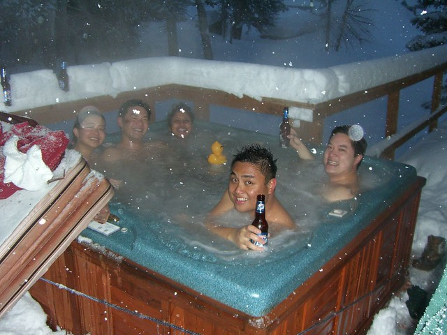 hot tub in the snow getting cosy in the hot tub whilst it flickr. Black Bedroom Furniture Sets. Home Design Ideas