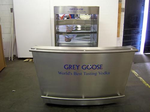 Grey goose portable bar and support cart grey goose for Mobili bar cart