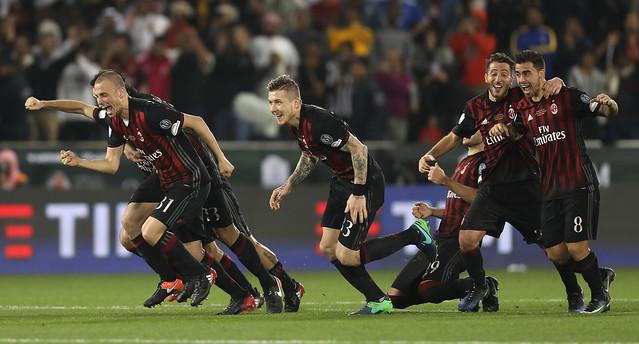 Milan gana la Supercopa de Italia en penales ante Juventus