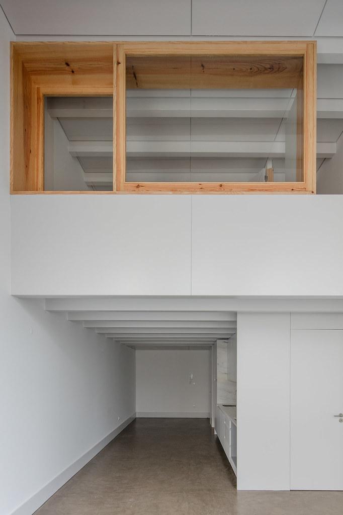 Duplex flat design in Porto by Portuguese architectural studio PF Arch Sundeno_10