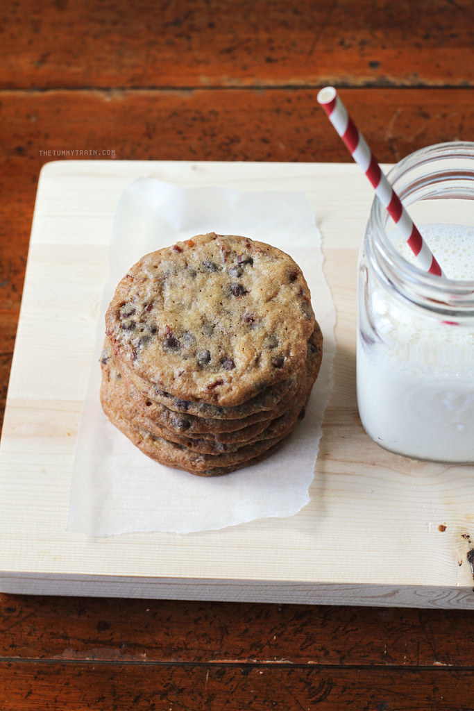 21268185923 fb7a7fb2d5 b - Happily going mad for these Candied Bacon Chocolate Chip Cookies