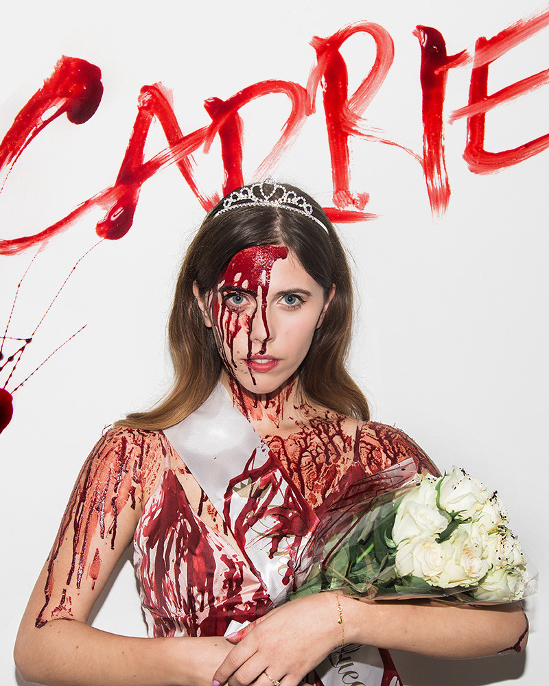 Carrie Halloween Costume