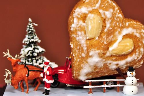 H0 Modellbau Diorama Weihnachten Nikolaus Weihnachtsmann Schnee Rentiere himmlischer Paketdienst Post Weihnachtsplätzchen gehe auf die Reise Foto Brigitte Stolle Dezember 2015