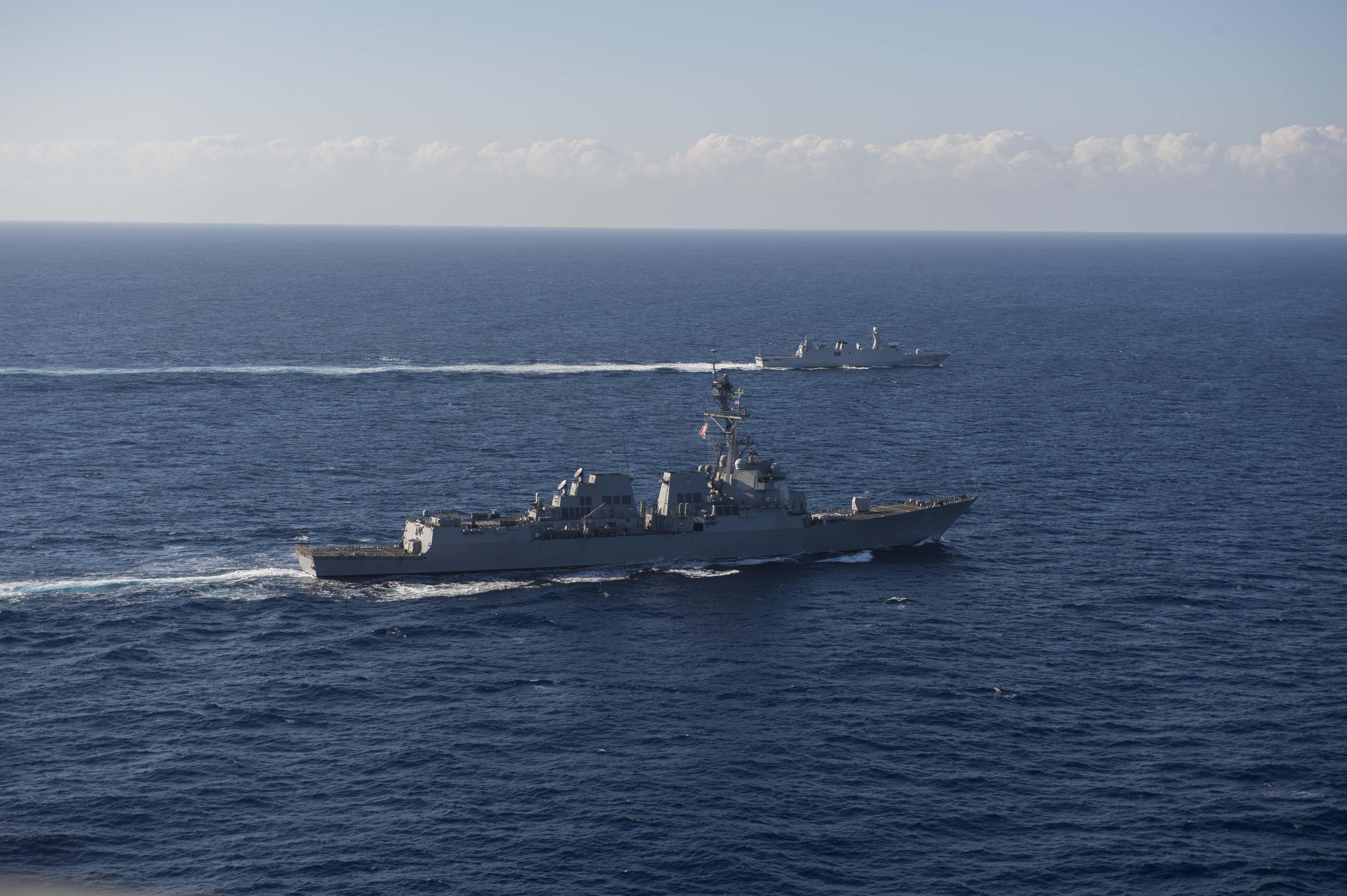 Passex 2015 : USS Gravely en exercice avec la frégate RMN Sultan Moulay Ismail  23510194595_fa1feb3293_o