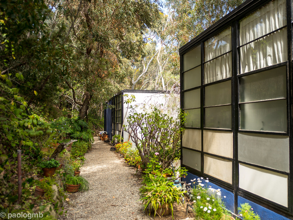 charles and ray eames house their beautiful house in pacif flickr. Black Bedroom Furniture Sets. Home Design Ideas