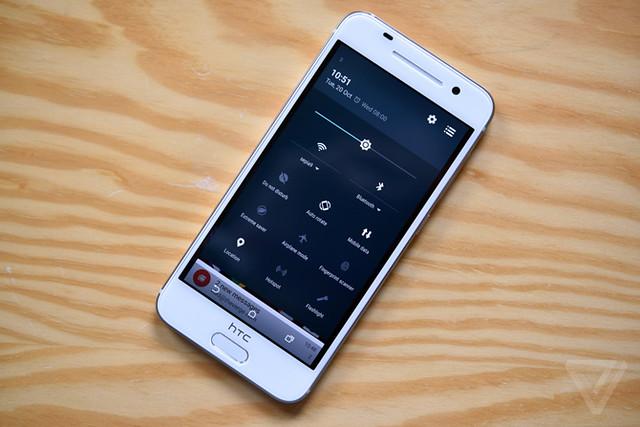 HTC One A9 sử dụng công nghệ màn hình AMOLED 1080p