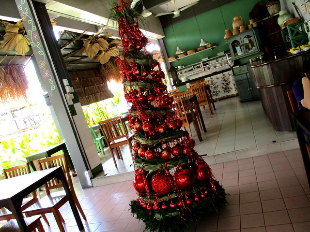 Payung Cafe Christmas tree