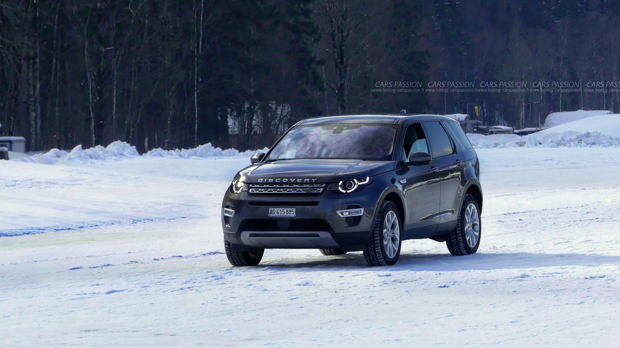land-rover-ice-drivng-esperience-gstaad-(23)