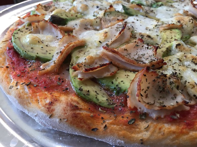 Avocado/Turkey Pizza