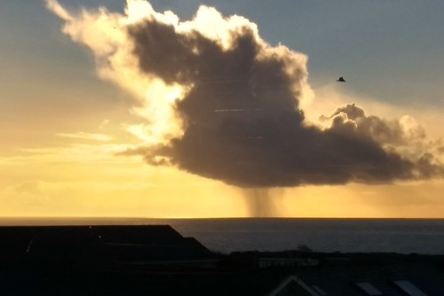 Portland Island - Cloudburst at sea - View from Maritime Hotel roof