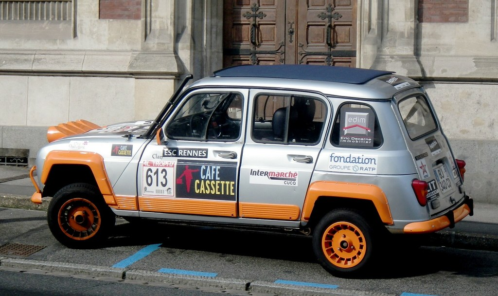 renault 4l trophy grise et orange amiens 80 rue saint. Black Bedroom Furniture Sets. Home Design Ideas