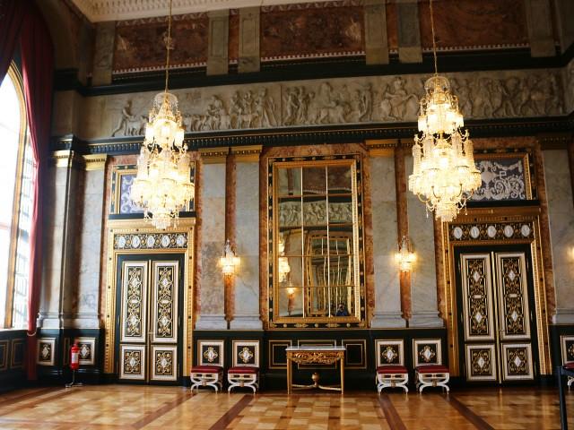 palatul christiansborg copenhaga 7