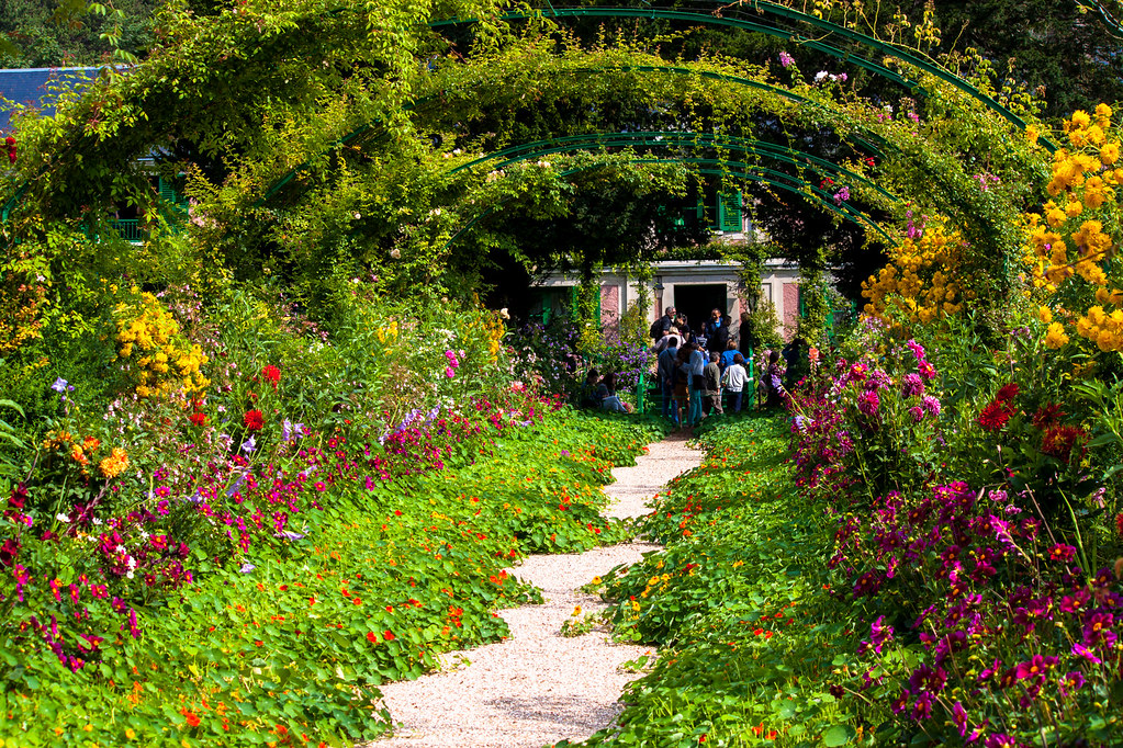 rose arches in claude monet garden giverny andy hay flickr. Black Bedroom Furniture Sets. Home Design Ideas