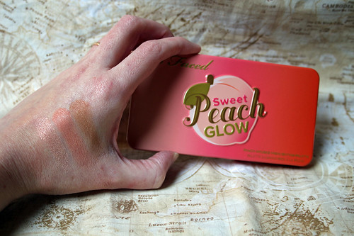 Too Faced - Sweet Peach Glow