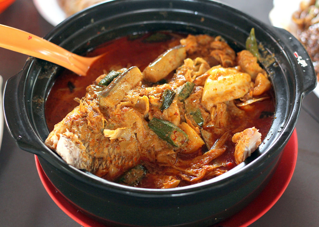 Hawker Centre in Singapore: East Coast Lagoon Food Village Fish Head Curry