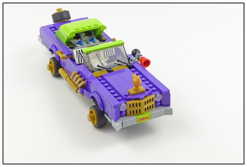 The LEGO Batman Movie 70906 The Joker Notorious Lowrider 01