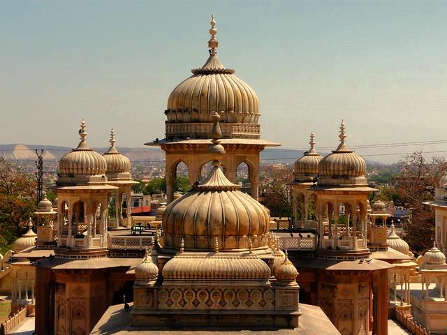 Cenotafios reales de Jaipur (India)