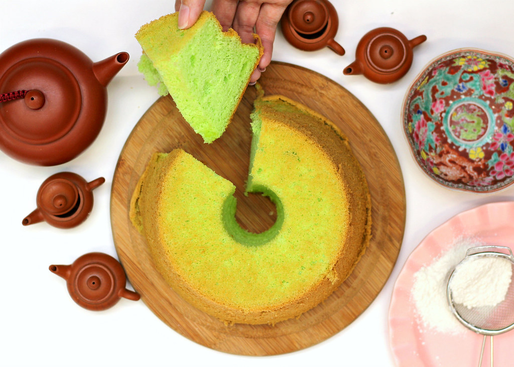 The Ultimate Pandan Chiffon Cake: Prima Deli