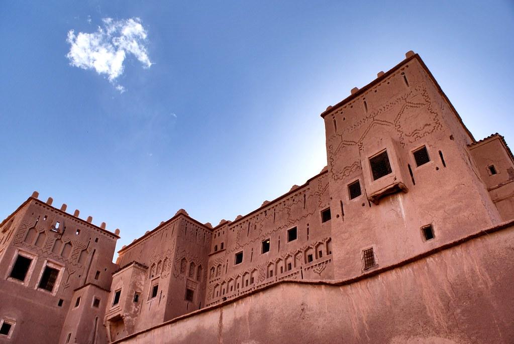 Casbah (ou fort) en terre à Ouarzazate au Maroc.