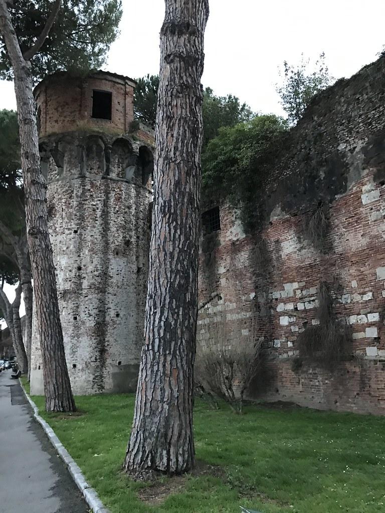 Giardino Scotto Acquedotto Pisa Elias Rovielo Flickr