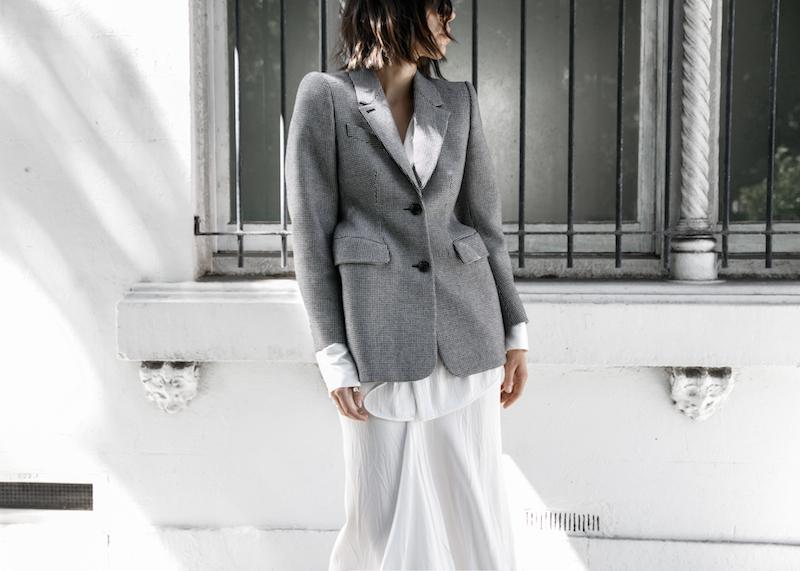 balenciaga houndstooth blazer street style trend grey white minimal fashion blogger modern legacy Acne Studios Jensen ankle boots Givenchy logo tote (4 of 15)