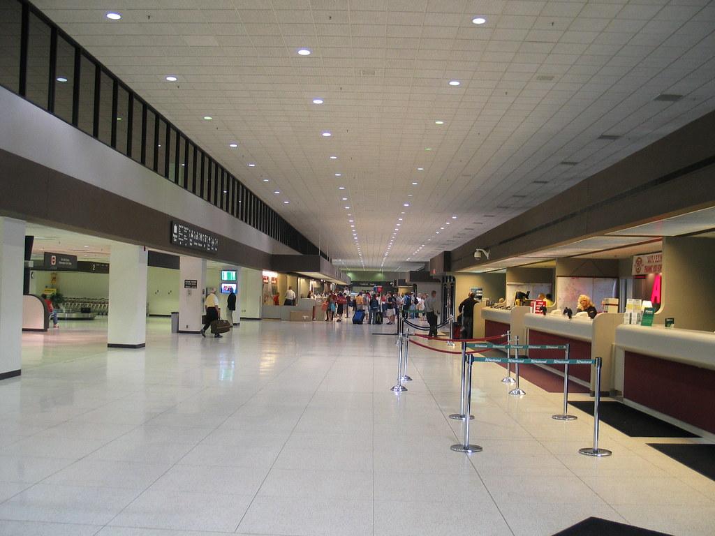 Bluegrass Airport,