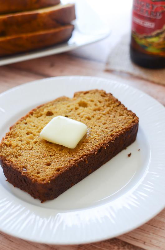 Pumpkin Beer Bread - the BEST pumpkin bread recipe!