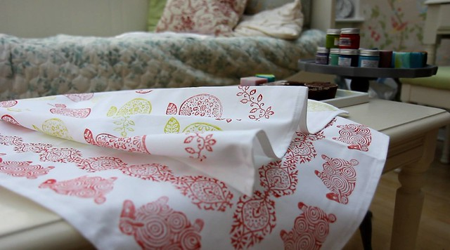 Block Printing with Fabric Paint - Hand printed tea towels by StickerKitten