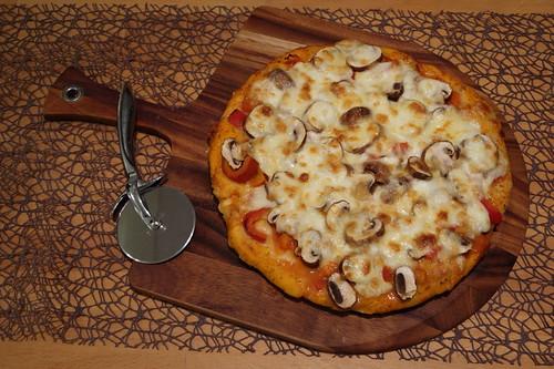 Dicke Pizza (ganz)