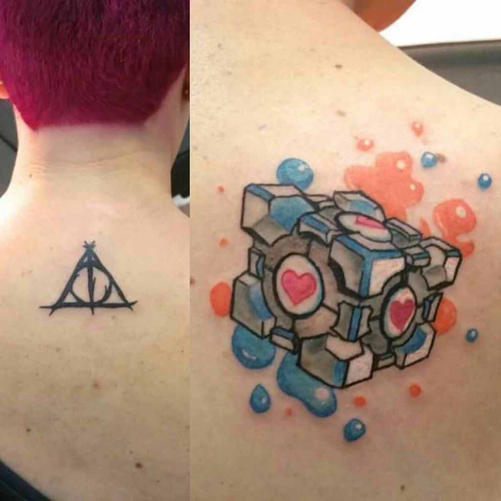 Nuevos Tattoos Reliquias De La Muerte De Harry Potter Y C Flickr
