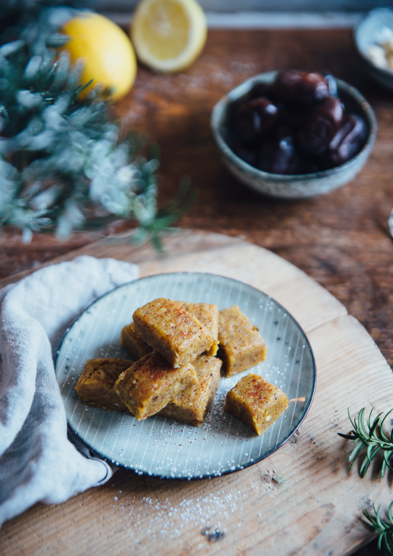 Raw Saffron & Lemon Fudge | Cashew Kitchen