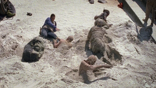 TWD 7_6 SAND ZOMBIES