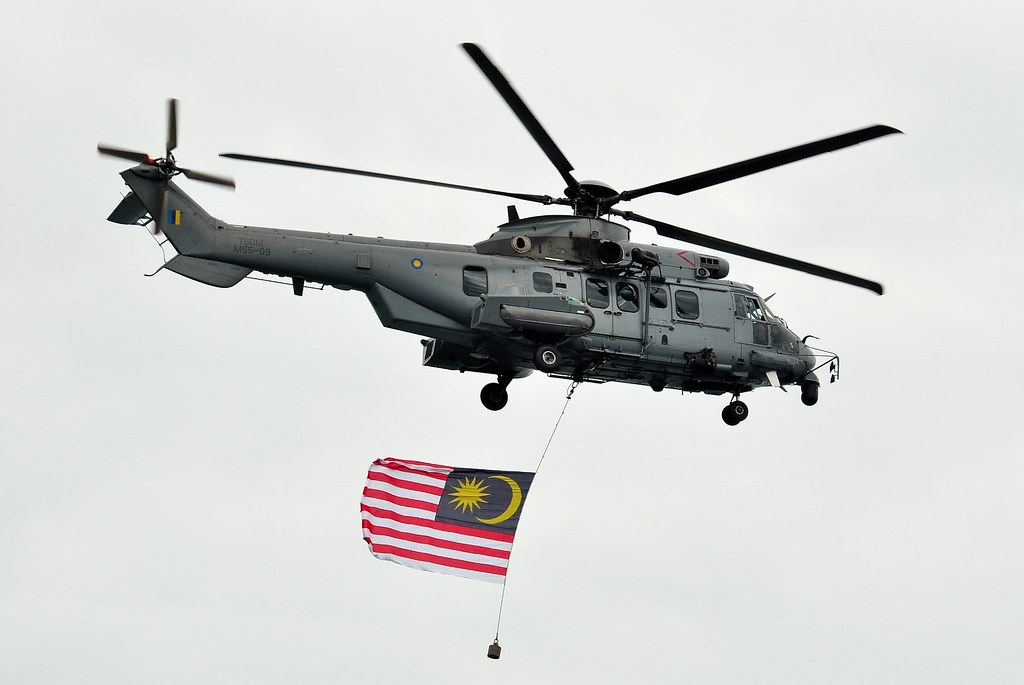 new us helicopter with 20892151028 on File German Eurocopter Tiger  2011 in addition SH 187 stealth helicopter furthermore 20892151028 likewise Dd62 Katrina furthermore H 19 walk1.