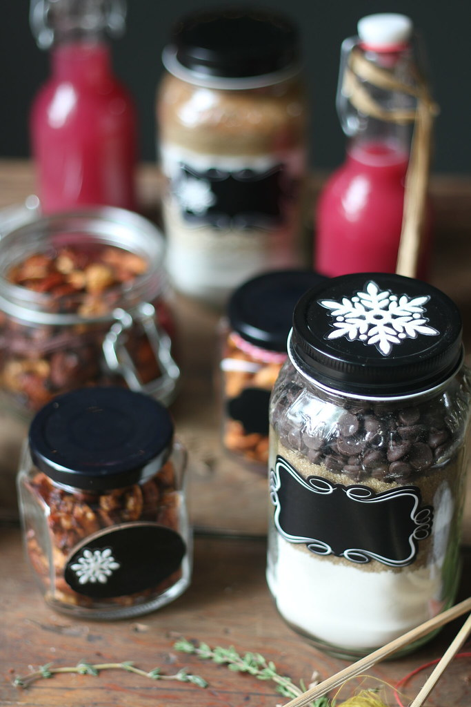 Cocktail and Nuts Edible Gift for Christmas