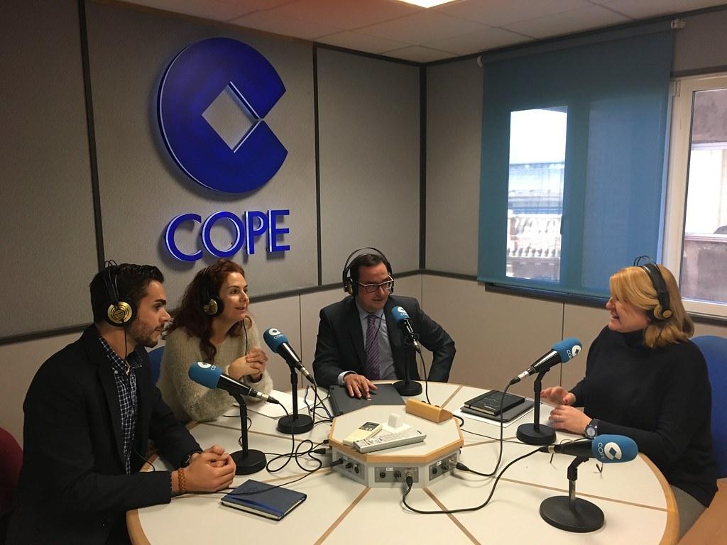 Thumbnail for Hablando de Geomática y sus estudios universitarios en el 92.6FM de COPE Valencia